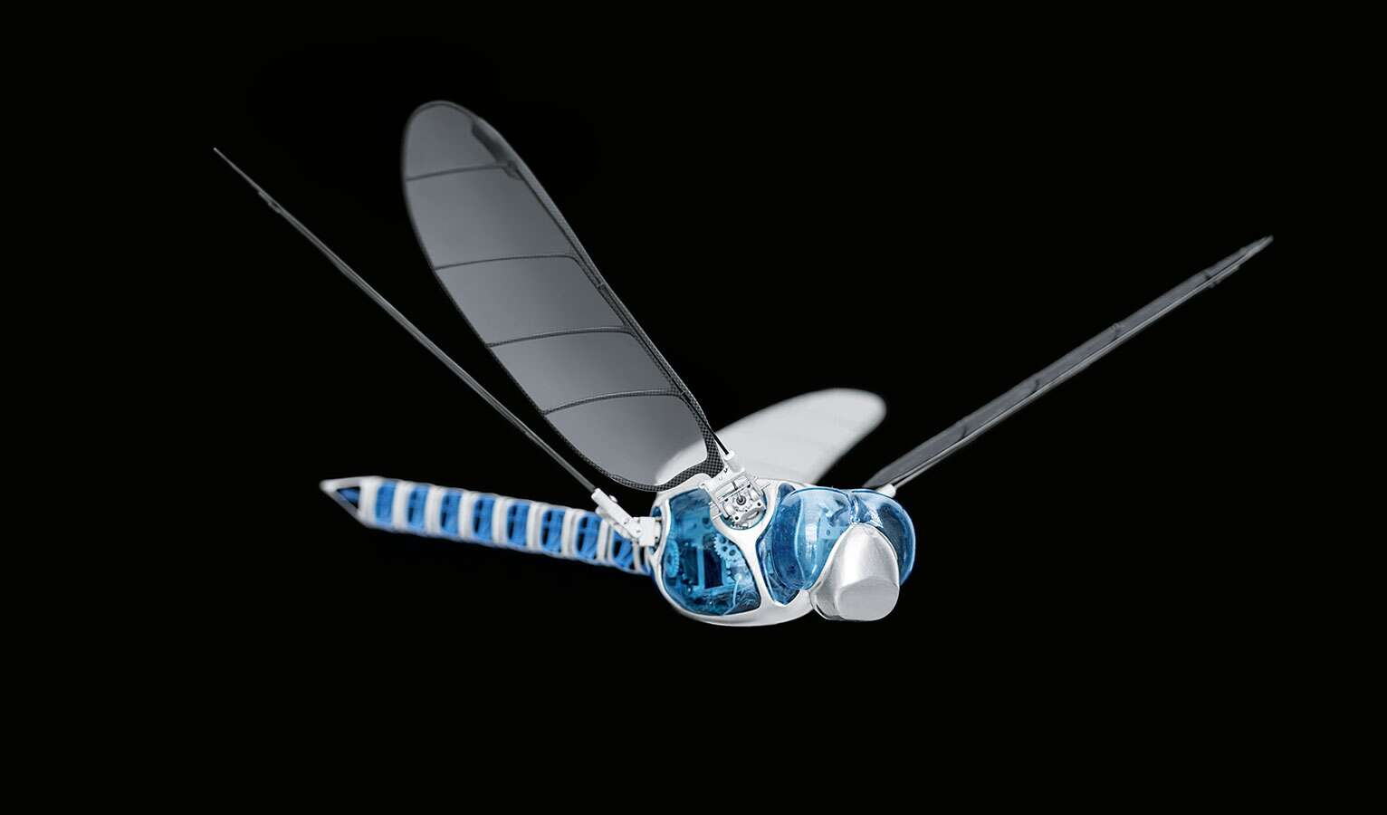 Inspired by nature: the complex wing-flapping principle of the dragonfly ...