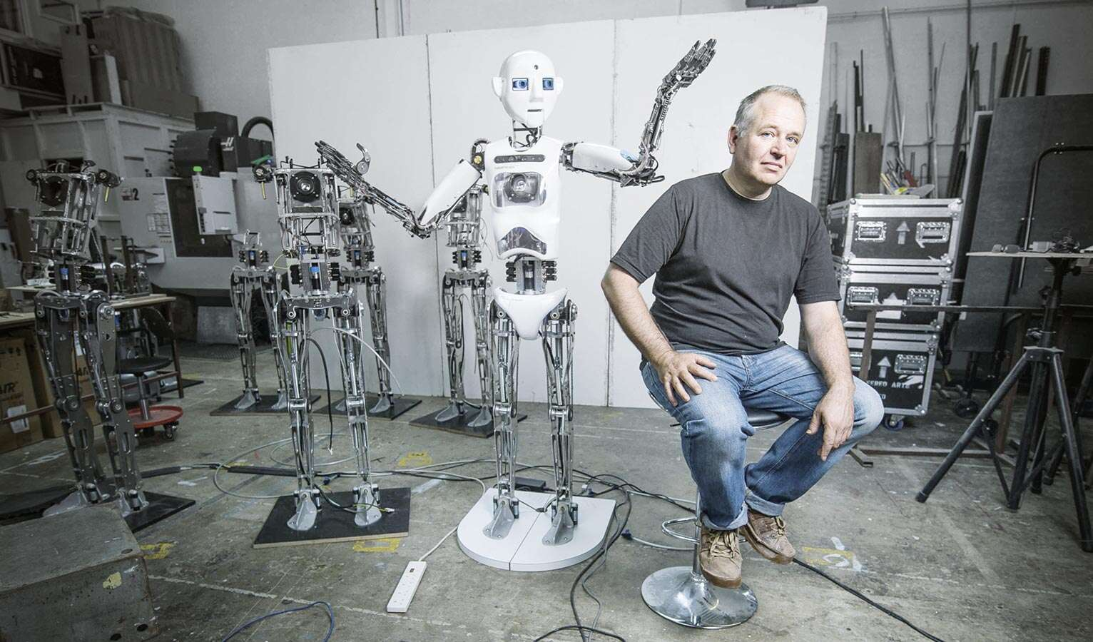 The humanoid robot, RoboThespian, works with pneumatic muscles developed by Festo.
