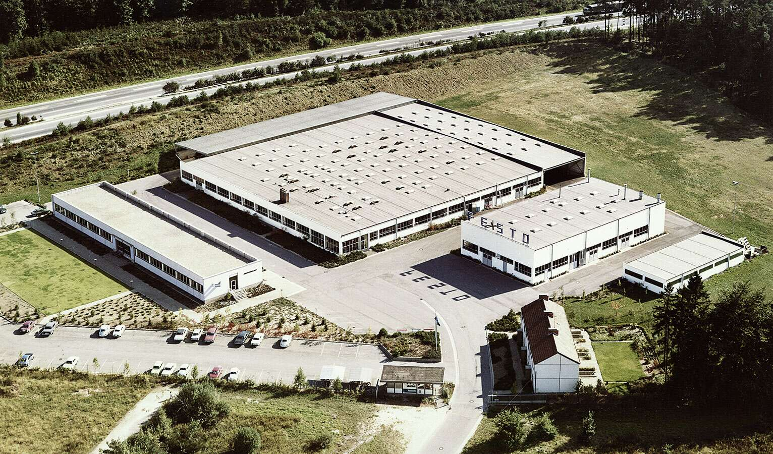 The Festo plant premises in 1969 in Rohrbach with two production halls, a distribution centre and the training workshop.