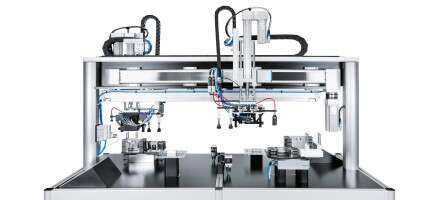 Industry 4.0 technologies: parallel engine block assembly exhibition display