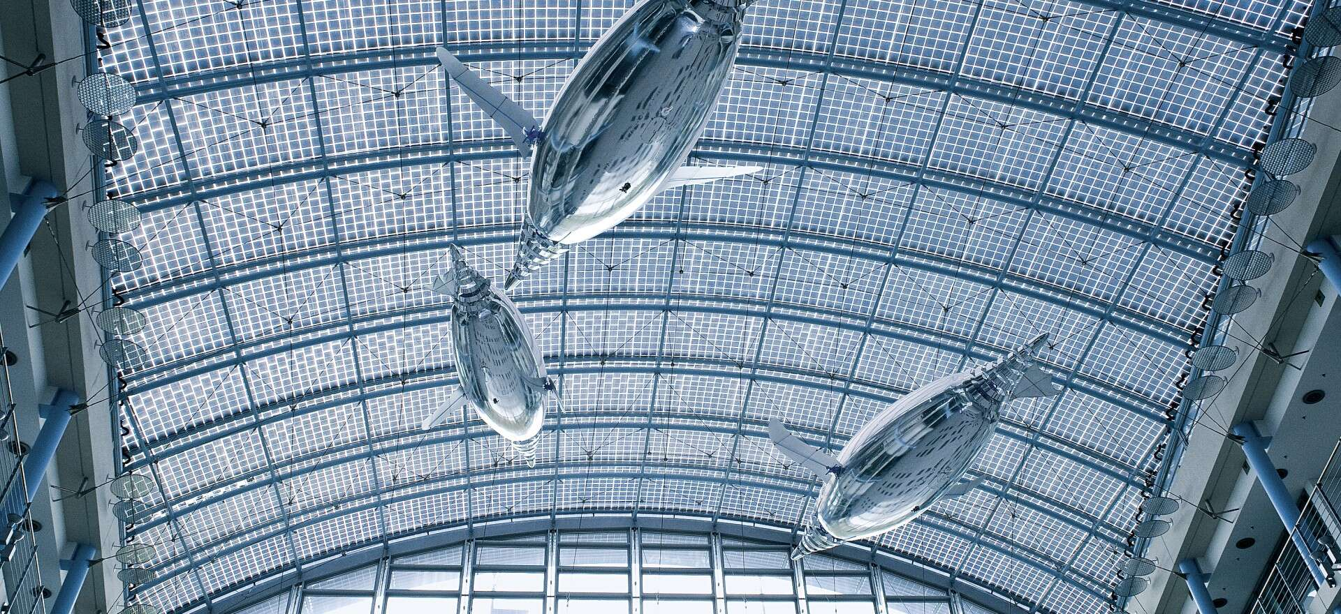 Festo AirPenguins: autonomous flying in the sea of air