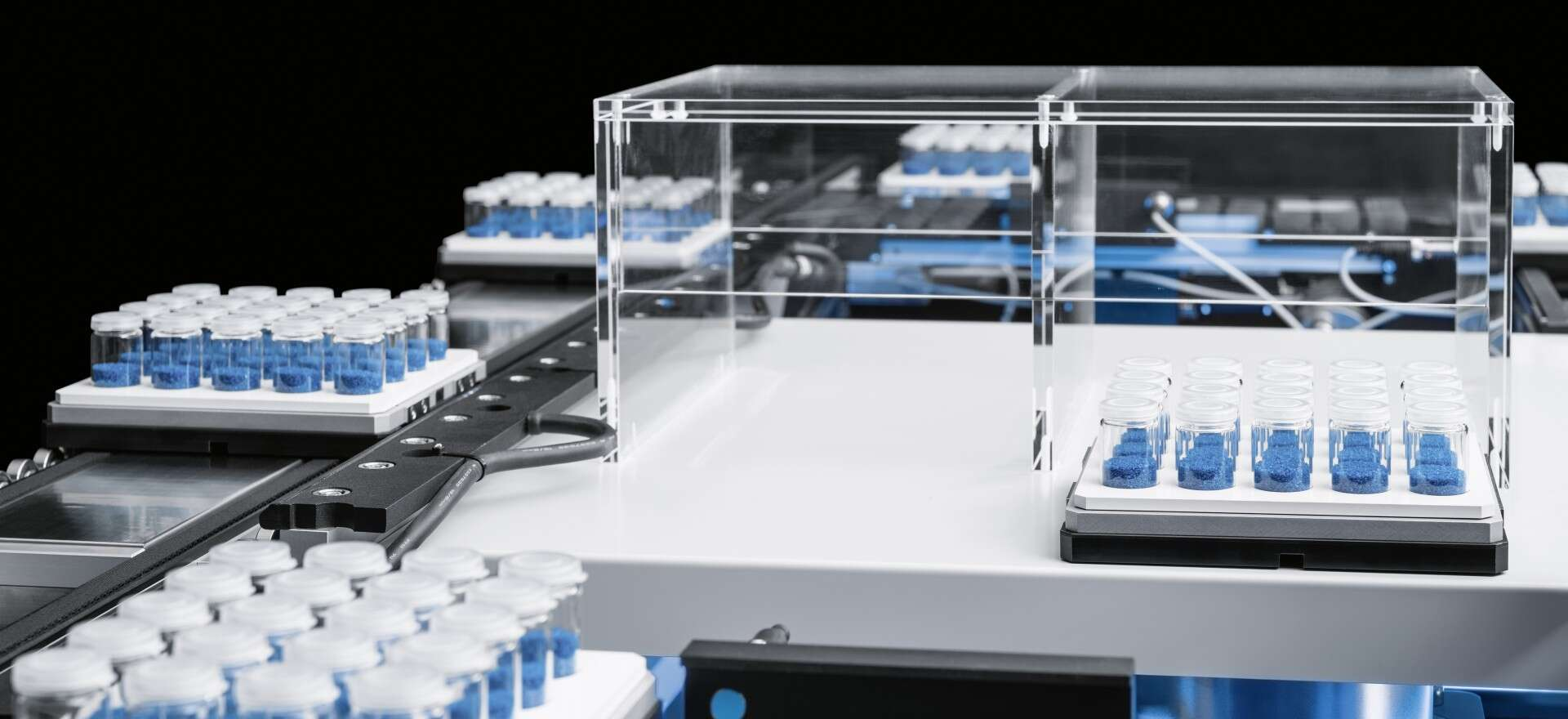 Festo SupraMotion: contactless transfer of levitating objects