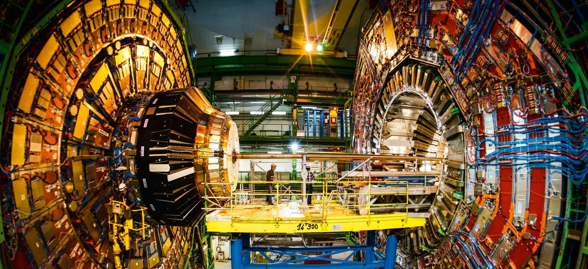 Photo: © CERN; Impressive: 21 metres long, 15 metres in diameter and weighing 12,500 tonnes – the CMS detector takes up to 40 million measurements per second.