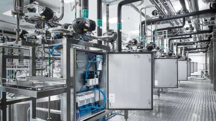 Standardised automation from Festo simplifies installation and maintenance in the new large-scale plant at Biotest AG.