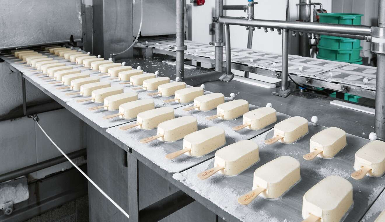 Endless production: Each one of the five Magnum lines produces more than 20,000 units per hour.