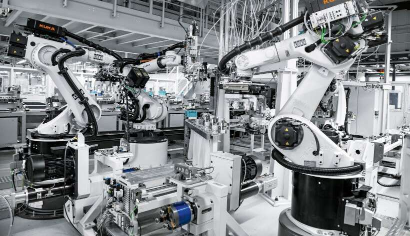 Smartenance digital maintenance management: production of different cylinder variants at Festo's plant in Rohrbach