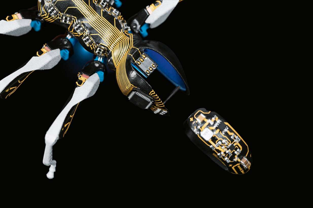 BionicANTs – MID technology in miniature ant robots