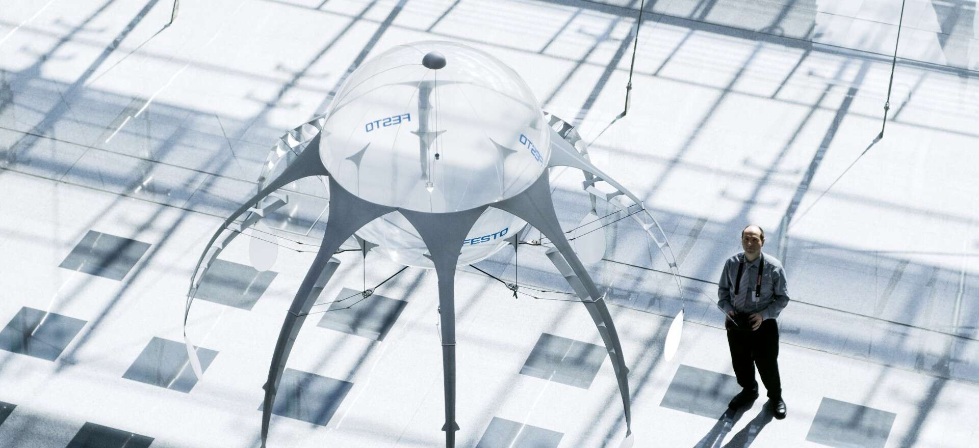 Festo AirJelly: first indoor flying object with peristaltic propulsion