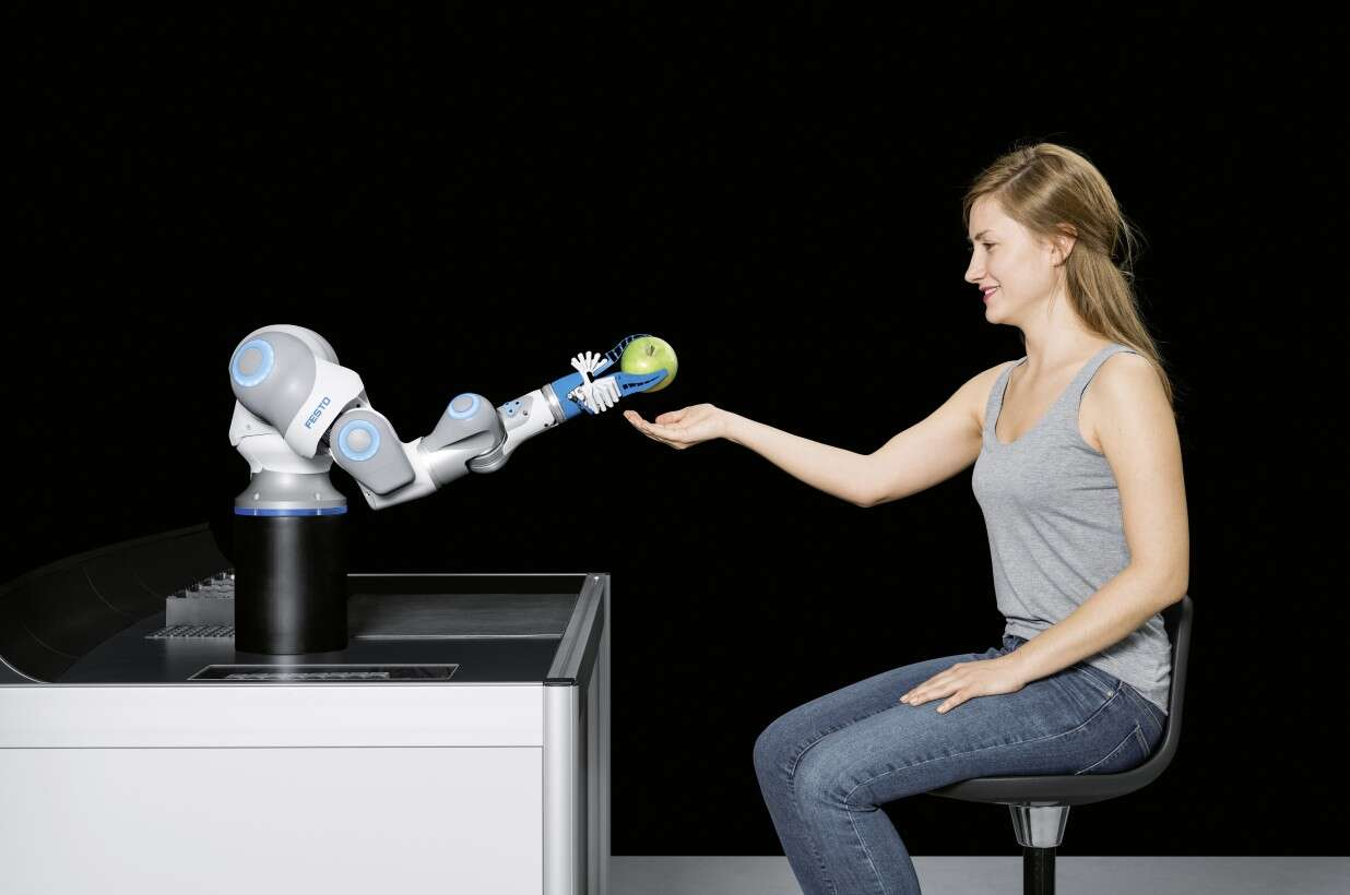 Festo BionicCobot: safe handling in direct cooperation between humans and robots