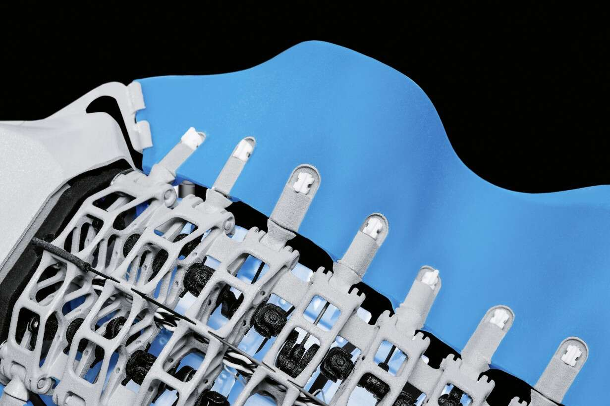 Festo BionicFinWave: the 3D-printed crankshaft with attached lever arm