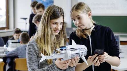 Festo Bionics4Education: nature and technology in the classroom
