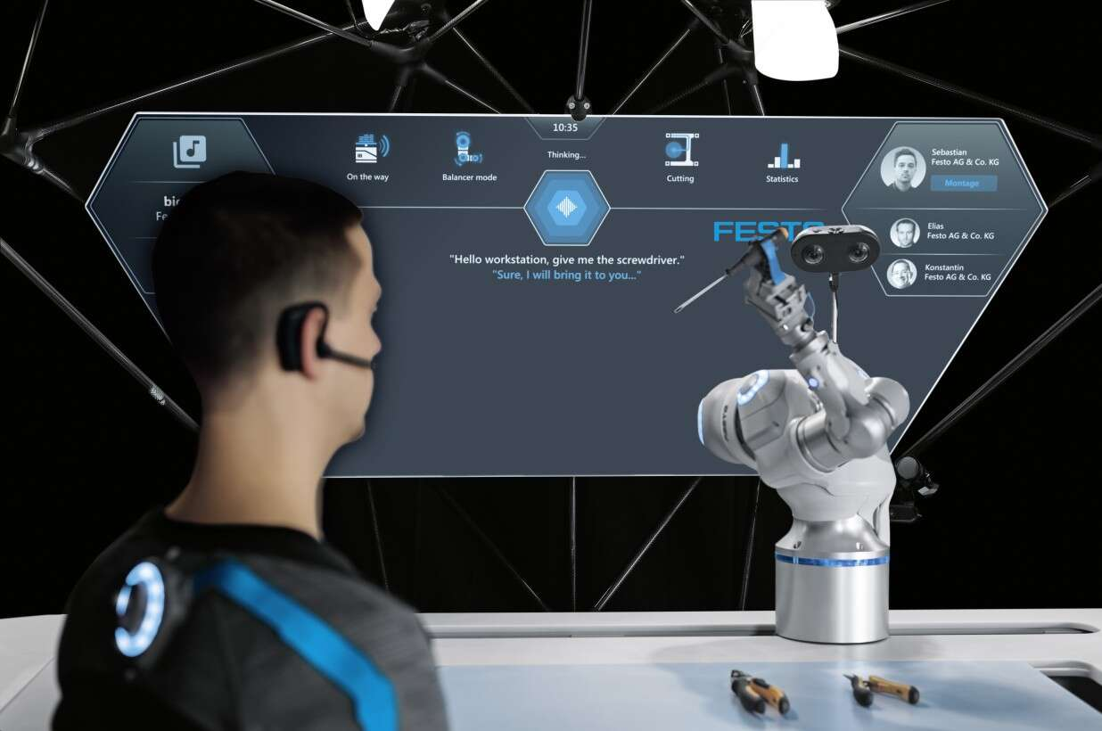 Festo BionicWorkplace: intuitive operation through voice control