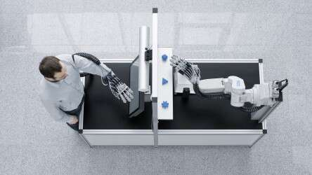 Festo ExoHand: feel and move without direct contact thanks to force feedback