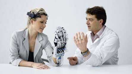 Festo ExoHand in combination with a brain-computer interface for brain and muscle training