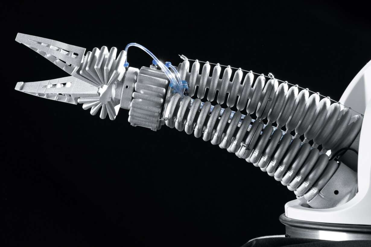 Festo Robotino® XT: new perspectives thanks to flexible assistance system