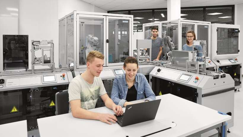 Reference project: laboratory equipment for Industry 4.0