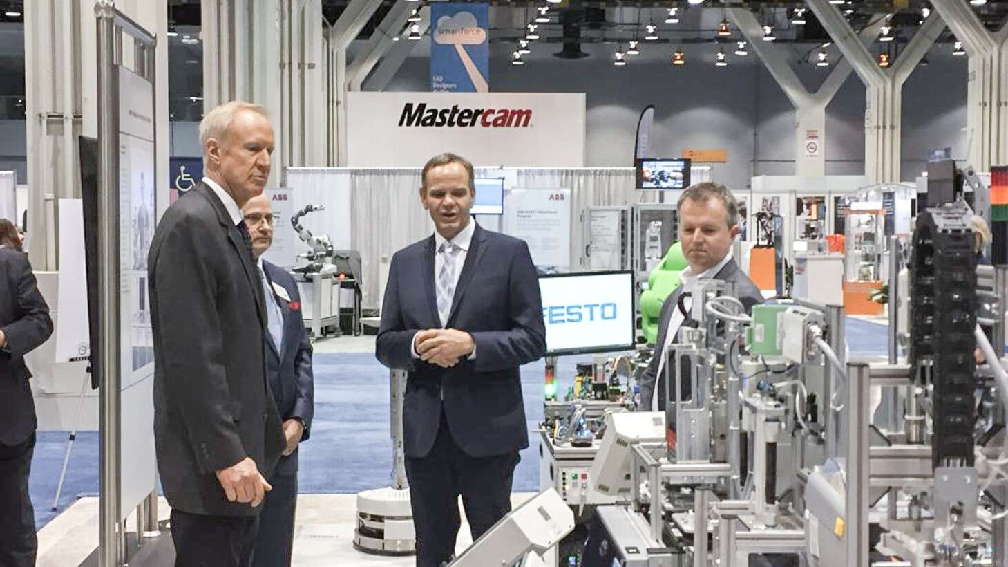 Equipment that simulates Industry 4.0 technology