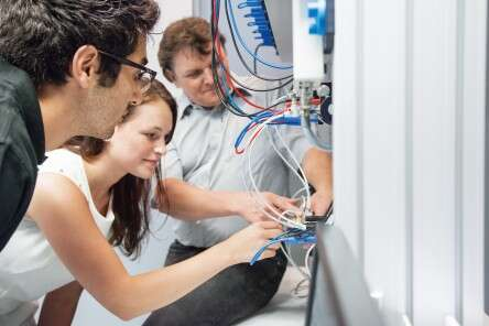 Training and Consulting for vocational education