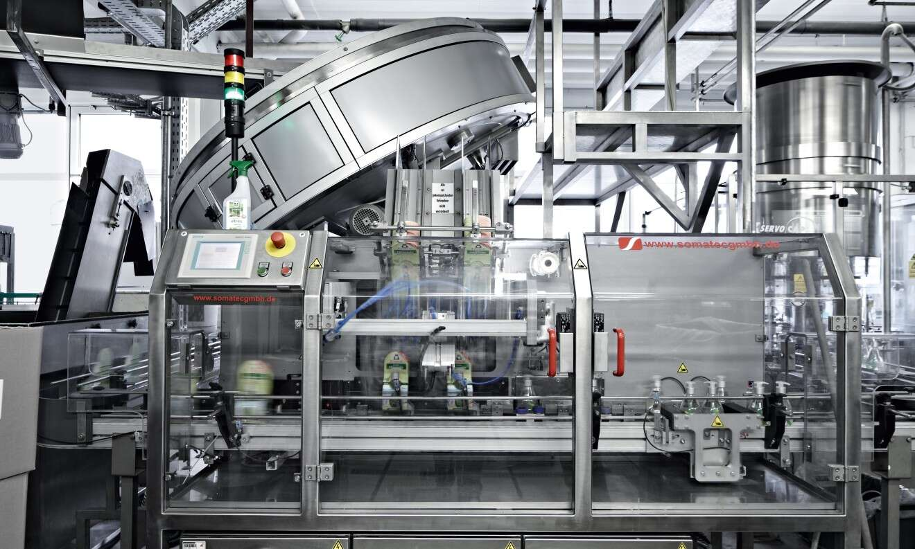 Overall view of the packaging machine at Erdal Hallein