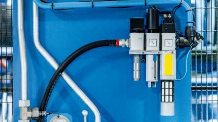 Safety valve MS6-SV: ensures that safety-critical system components are exhausted and de-energised as quickly as possible in the event of an emergency.