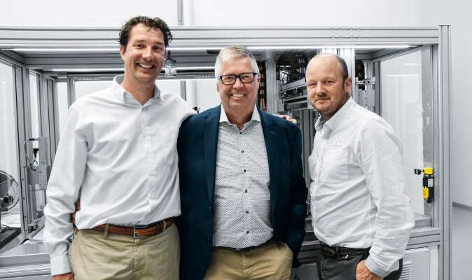 Good team (left to right): Niels Kruize (Synchron), Bert Baas (Festo) and Derk Wilten (Synchron).
